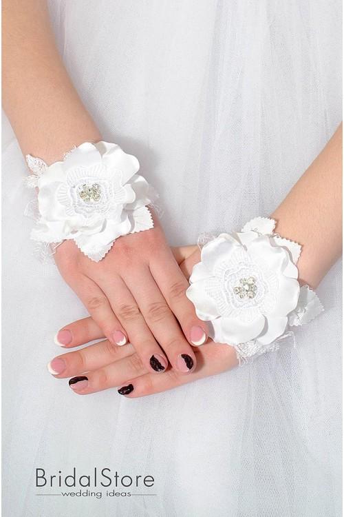 P02 короткие свадебные перчатки без пальчика