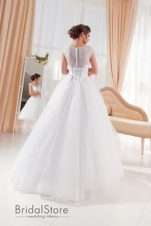 Alexa – свадебное платье в стиле а-силуэт.