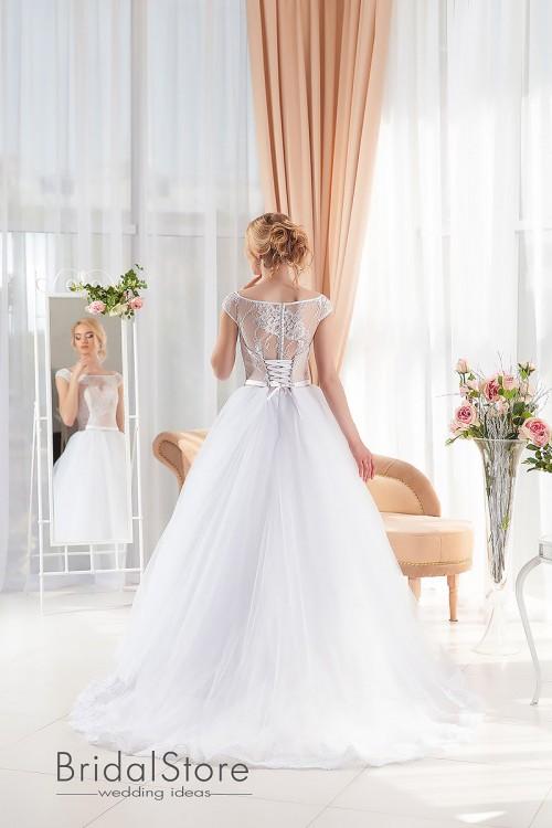 Bella - свадебное платье с шлейфом