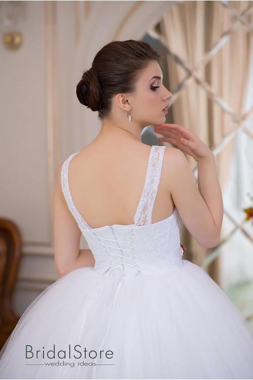 Nora - пышное свадебное платье с вышитой юбкой