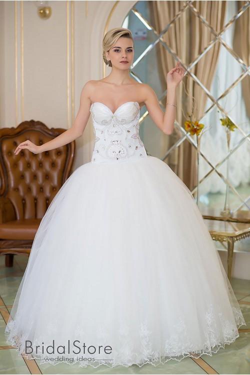 Madeline - пышное свадебное платье со стразами