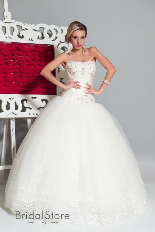 Tianna - пышное свадебное платье с кружевной юбкой